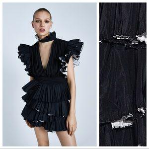 NWT. Zara Black Frilled Mini Skirt. Size L.